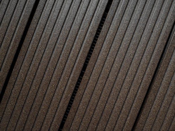 DIE BELIEBTE plus, hier in schwarzbraun, erhältlich in den Farben schwarzbraun, grau, steingrau und anthrazit.