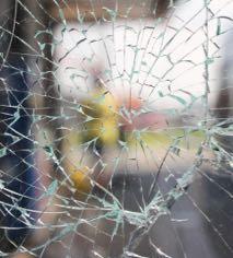Glastüren mit Verbundsicherheitsglas von BWE in Unterschleißheim.